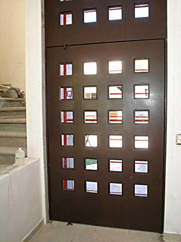 Herreria metalicos portones monterrey puertas - Puertas de servicio ...